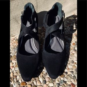 Shoes - Black Pump - Rockport Tru365 Comfort 10